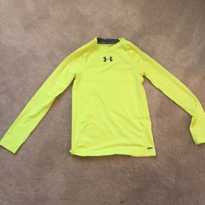 Under Armour fitted long sleeved shirt